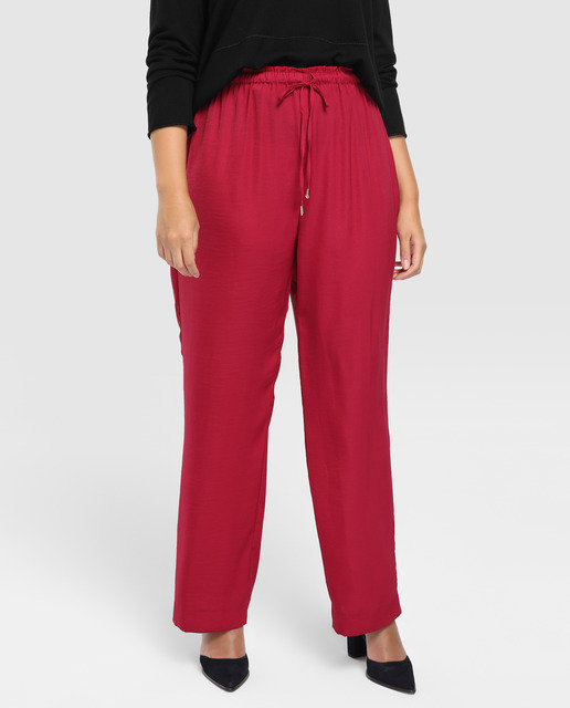 Todo sobre los pantalones plus size - pantalones fluidos color rosado