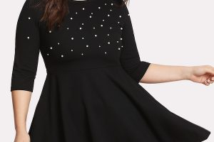 El secreto de los vestidos negros para mujeres con kilitos de más - vestido tallas grandes
