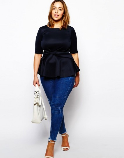 mujer talla grande adulta