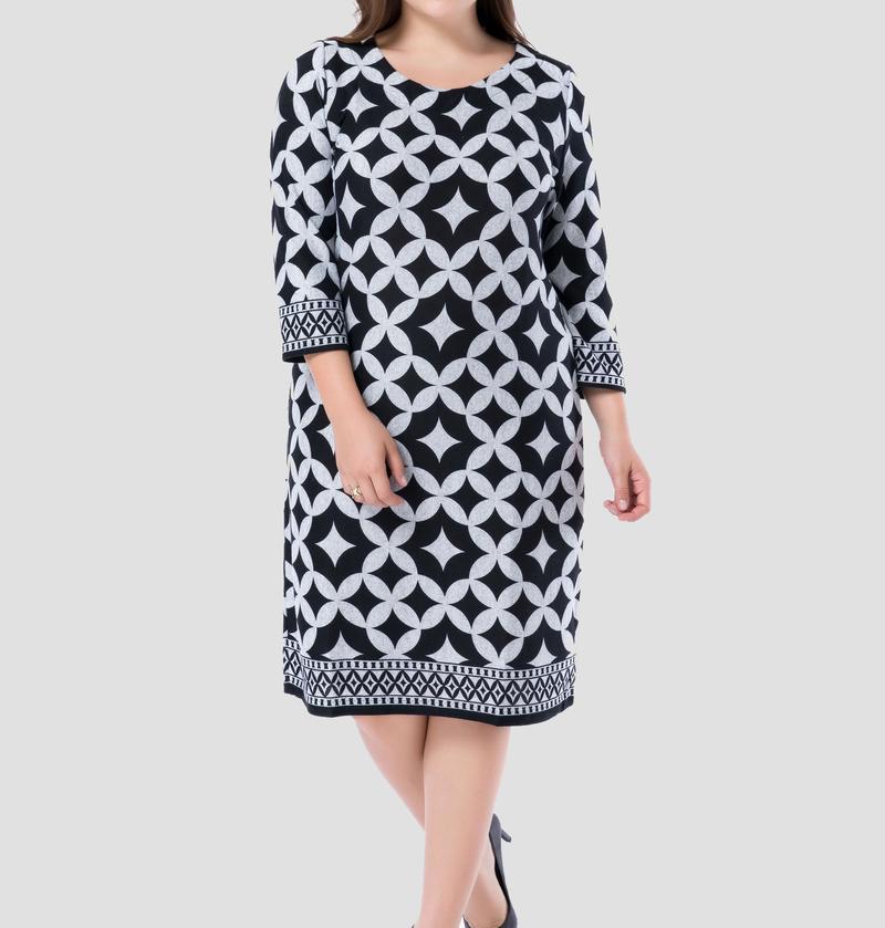 ¿Cómo usar vestidos estampados de talla grande?